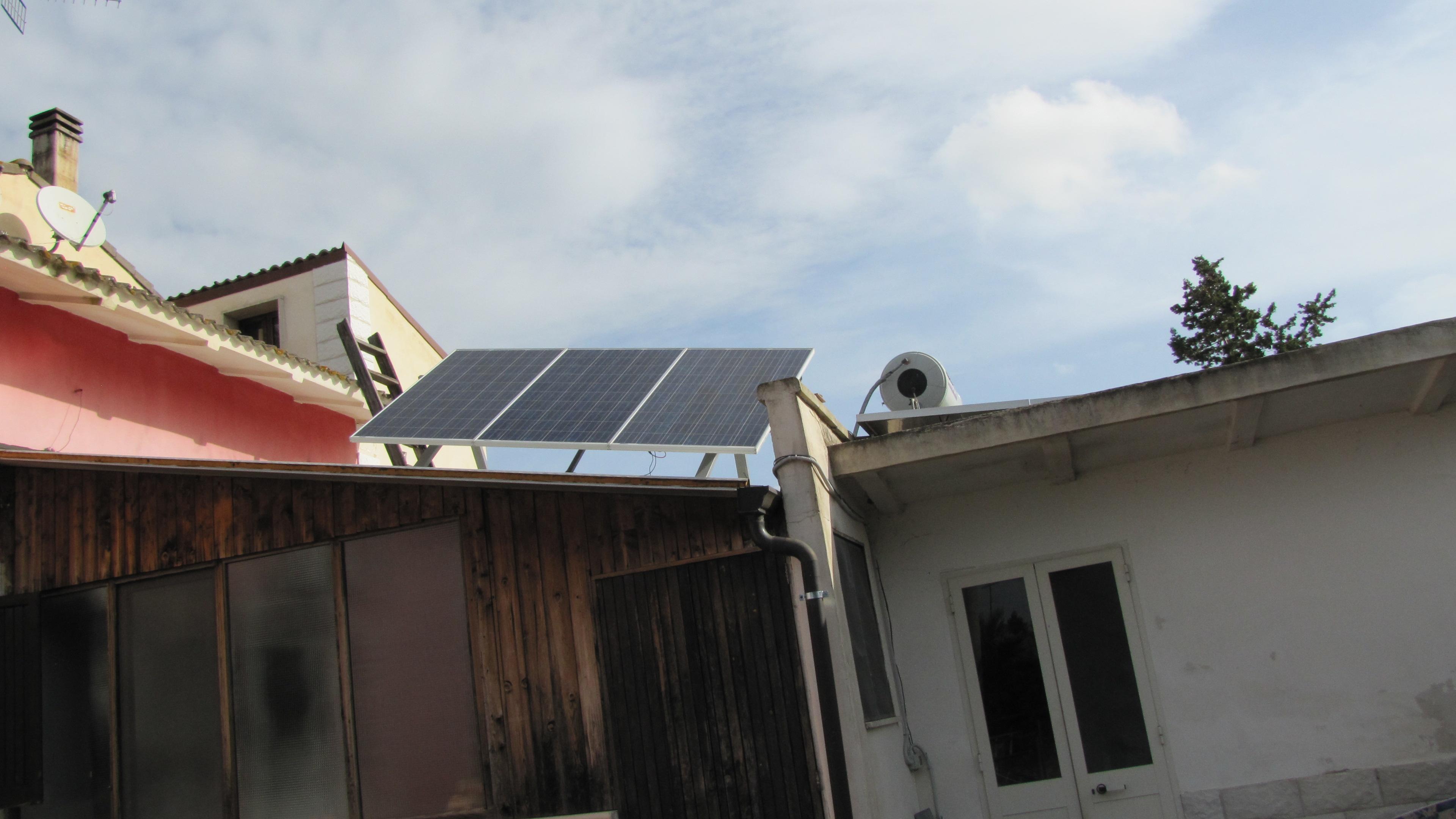 Pannello Solare Con Arduino : Inseguitore solare con arduino pagina