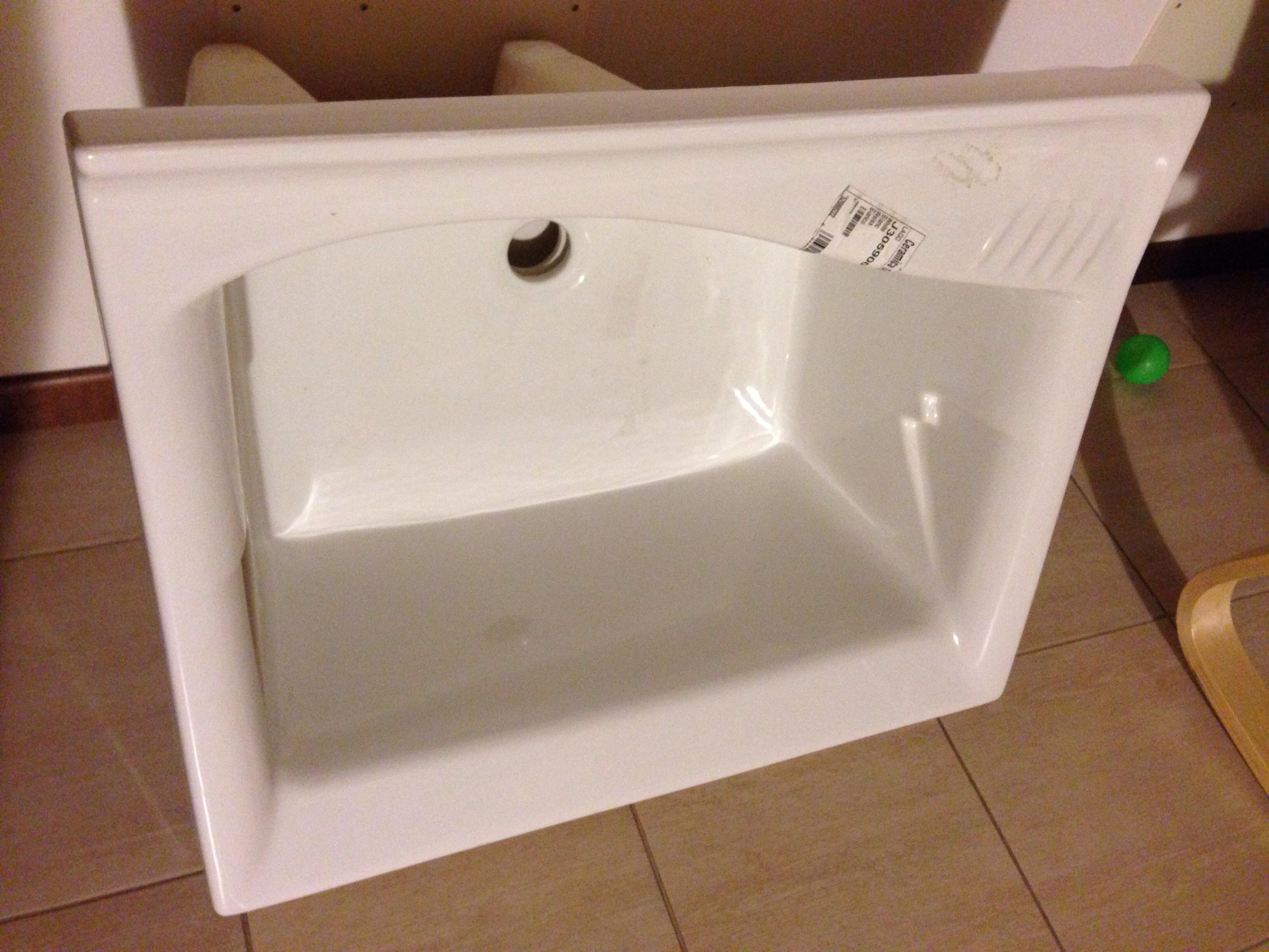 Predisposizione foto su lavatoio dolomite lago pagina 1 - Lavatoio con mobile ikea ...