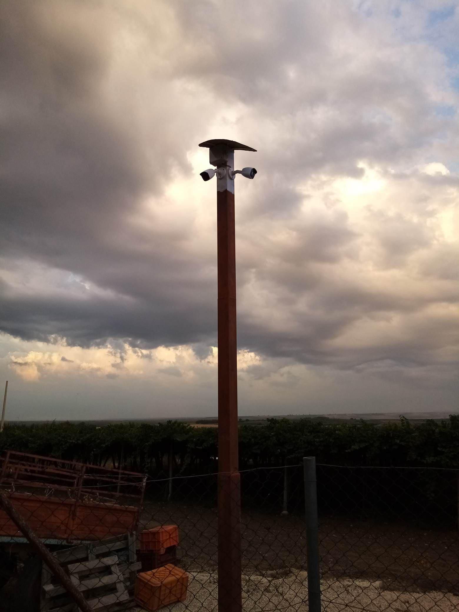 http://www.energialternativa.info/public/newforum/ForumEA/U/telecamera-2.jpg